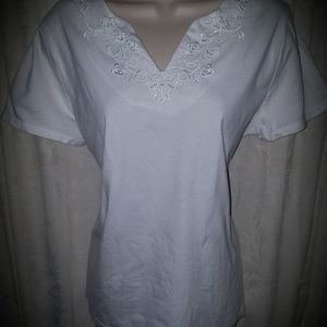 Croft & Barrow White Embellished Top Sz XL